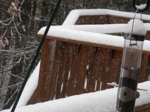Snow deck