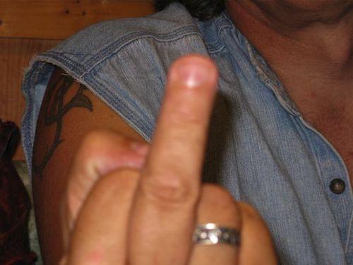 08 finger