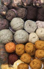 Yarn brown