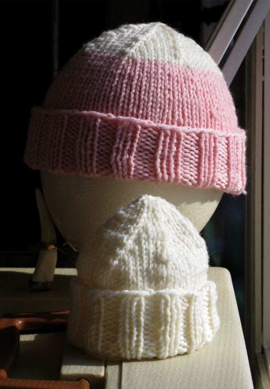 2 preemie hats
