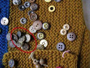 Buttons brass 2