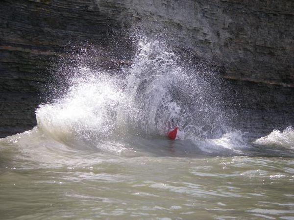 Clapotis wave