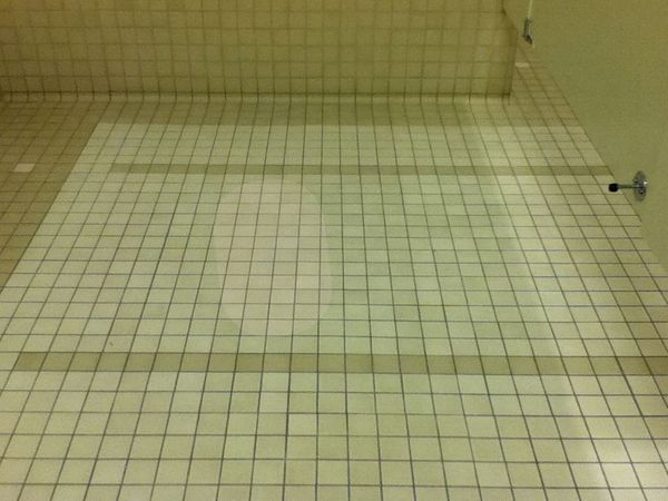 Floor w spot