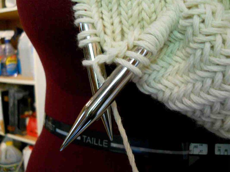 Cowl needles