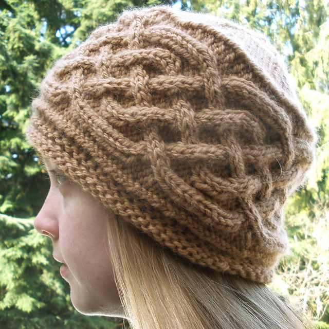 Saxon cable hat