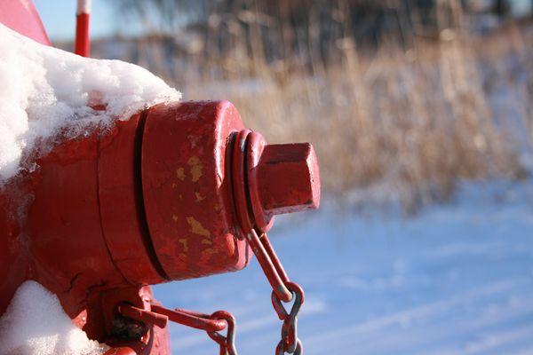 Snow melt hydrant chain