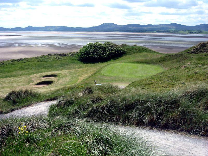Golf links