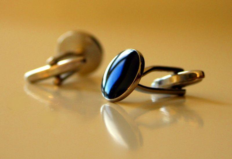 Cufflink blue stone