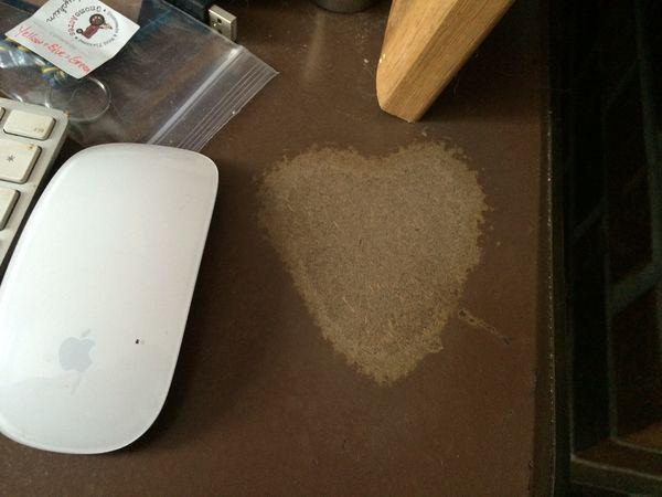 Desk heart