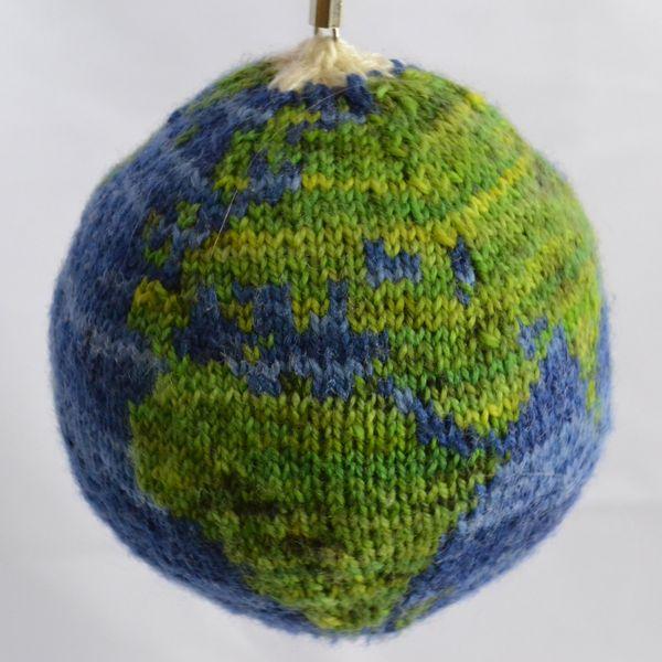 Knit globe