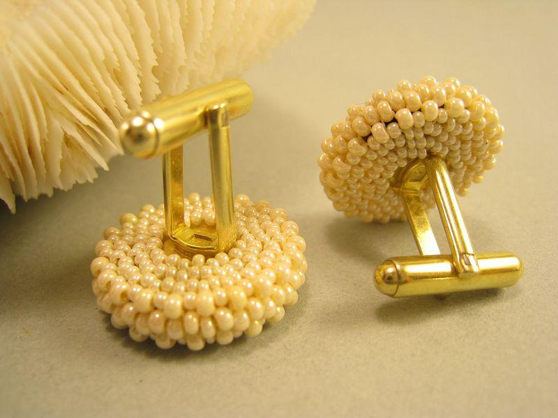 Cufflinks w pearls