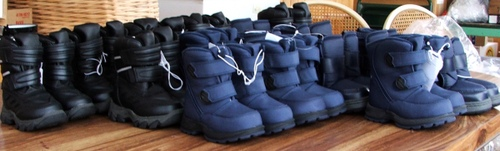 070127_boots_rows