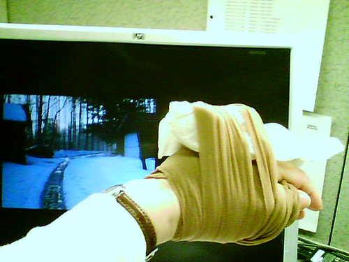Hand_w_bandage