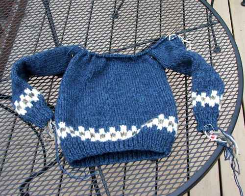 070507_lopi_sweater