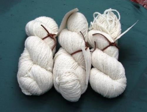 Yarn_buff_wool_3_skeins