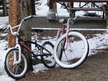 Snow_bikes