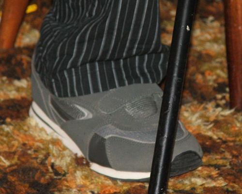 070715_short_bus_shoes