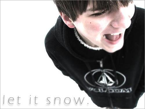 070718_m_let_it_snow