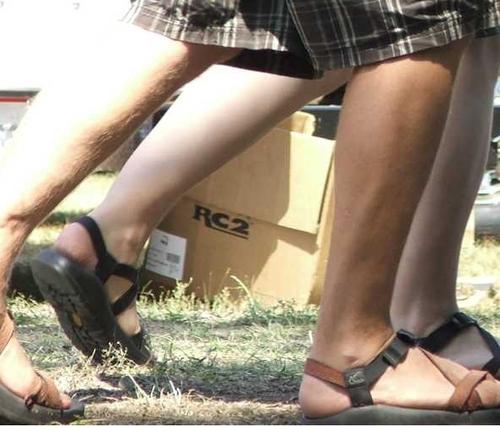 0707xx_feet_w