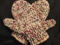 Mittens_white_multi